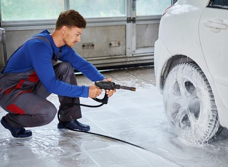 Selecting the Best Pressure Washing and Power Washing Equipment for Car Washing and Auto Detailing